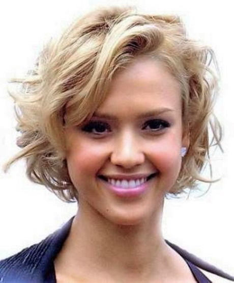 Short Hairstyles For Round Faces And Wavy Hair 2015