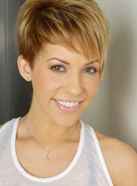 Creative Cute Hairstyles For Thin Short Hair Pictures 1