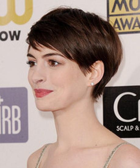 Anne Hathaway Short Hair: Anne Hathaway Short Haircut