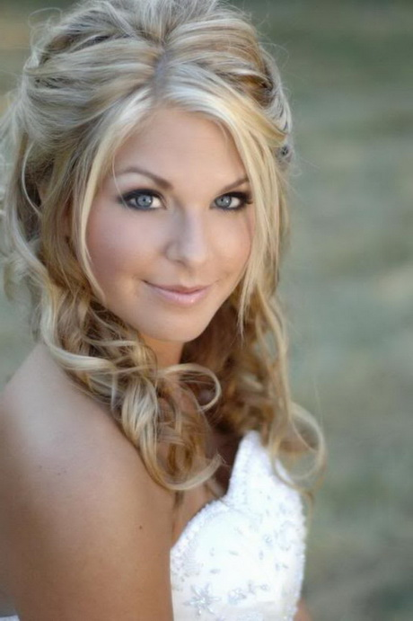 Beautiful Prom Hairstyles 82