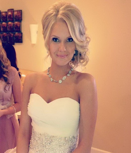 Beautiful Prom Hairstyles 62