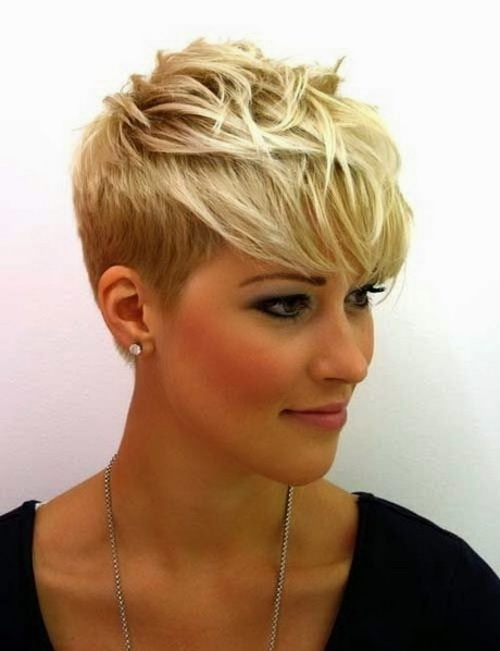 best pixie cuts for wavy hair