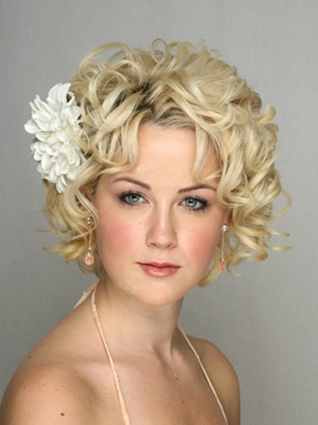 Bridal hair for short hair