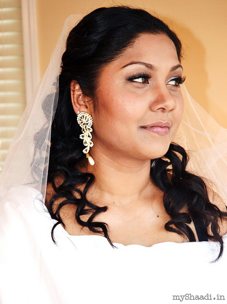 Bridal Hairstyle Images For Round Face : Bridal hairstyles for round faces