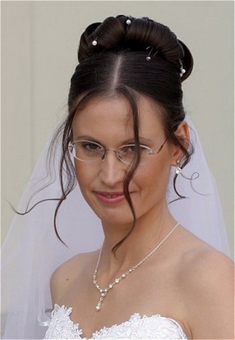 Bridal Hairstyles With Bangs