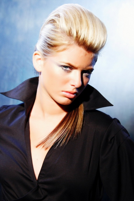 Hairstyles For Short Hair Using Bumpits : to do bump haircuts on short long hair. Blonde Long Straight Haircut ...