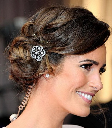 ... have this bun hairstyle during my wedding. Lovely Wavy Bun Hairstyle