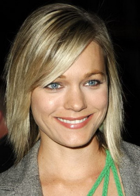 choppy medium length hairstyles This gallery has pictures of the many ...