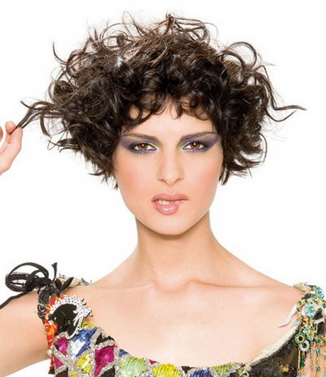 Cool Hairdos For Curly Hair : Cool curly hairstyles