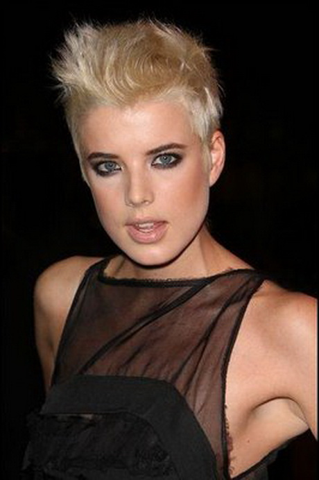 Cropped hairstyles for women
