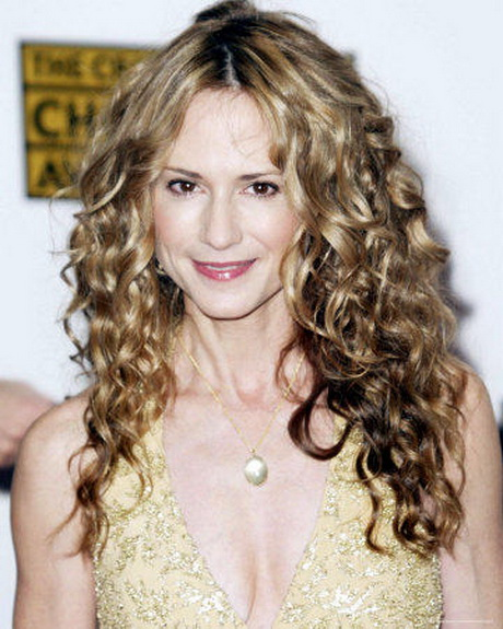 Wavy Long Perm Hairstyle – The latests trends in women's ...
