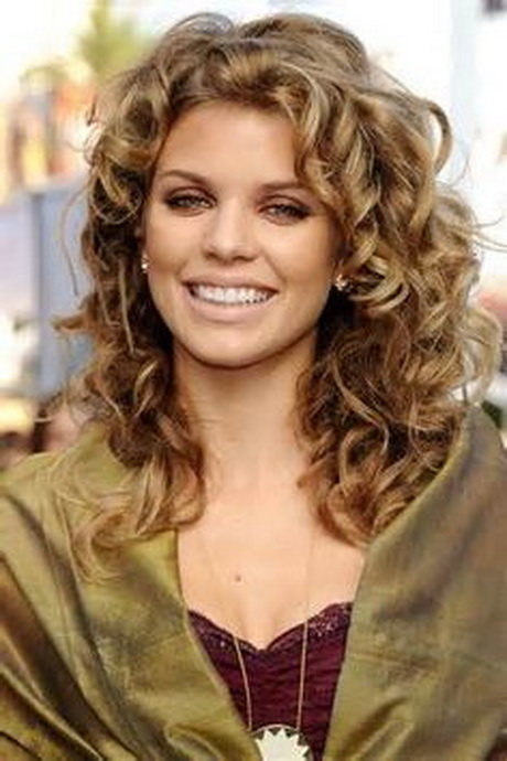 Image detail for Long Wavy Permed Hairstyle. HollyPop Designs