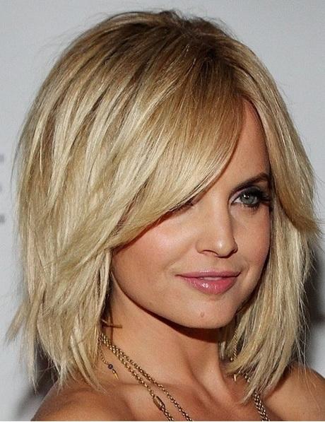 Cute Layered Haircuts With Side Bangs