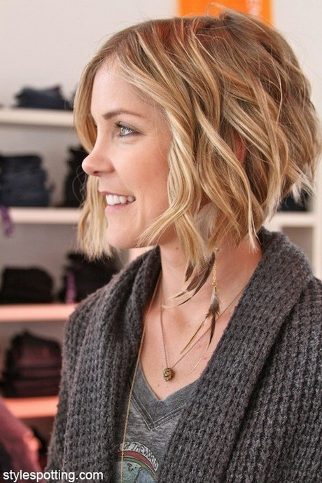 Cute layered short haircuts