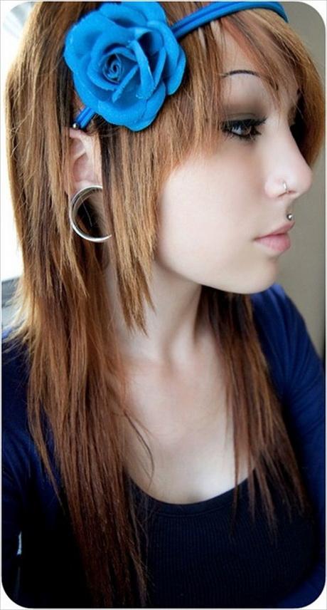 Cute Medium Haircuts For Teenage Girls