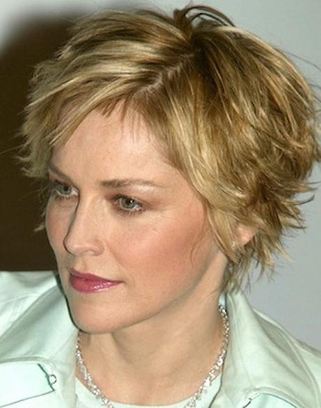 Cute short haircuts for older women