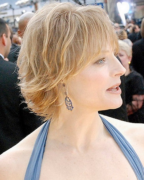 Cute Short Haircuts For Older Women