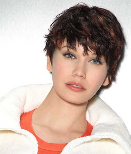Short trendy hairstyles for round faces. Another unique and trendy ...