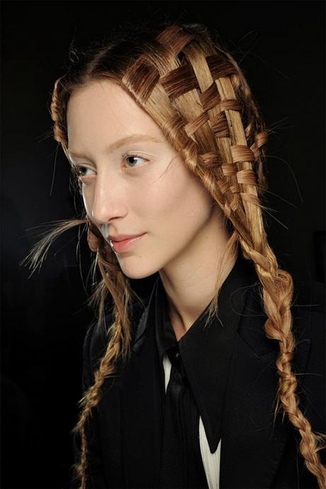Cute summer hairstyles for long hair