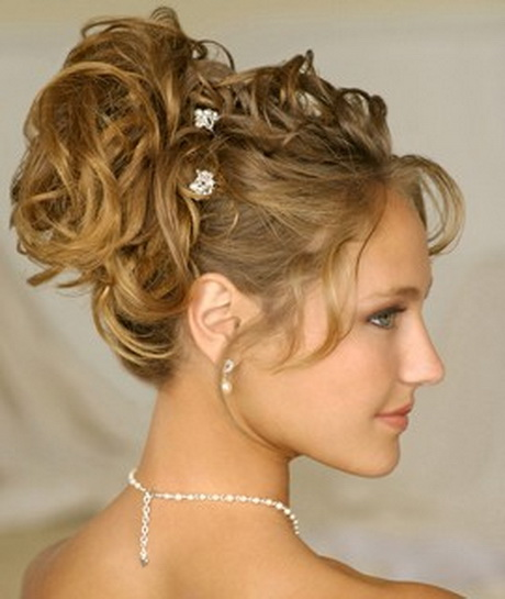 Simple Hairstyles For Small Curly Hair : Easy curly hairstyles for medium hair