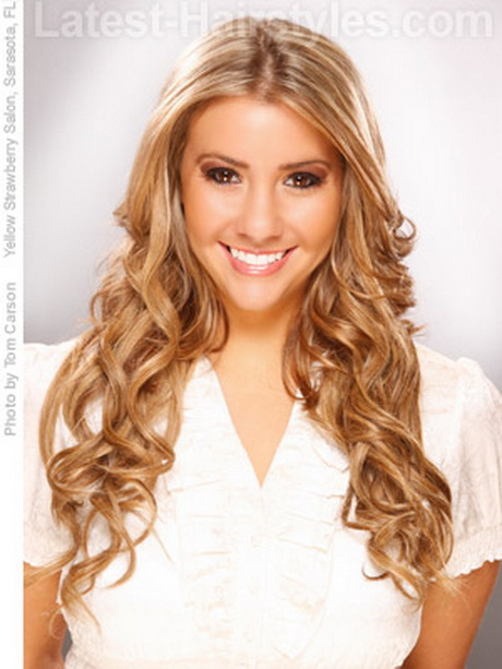 Easy chocolate brown hairstyle for long hair. How to style: After hair