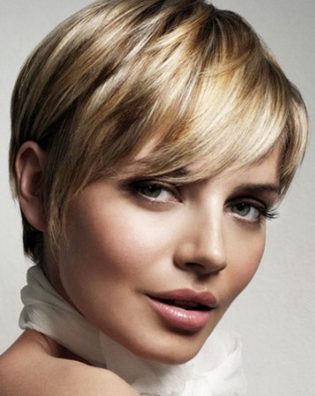 Easy to style short hair