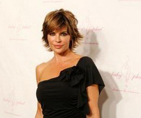 Lisa Rinna with feathered hair (Photo: Amy Sussman/Getty Images