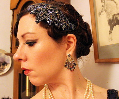 flat twist updo hairstyles : Flapper hairstyles for long hair