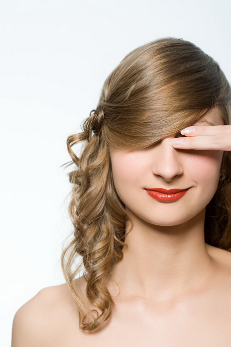 Formal hairstyles for medium hair