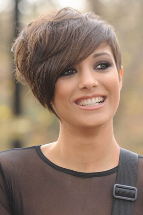 Frankie Sandford Haircut