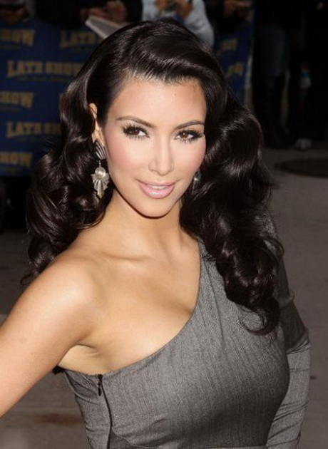 Hairstyles For Long Hair Glamour : Here are some glamorous haircuts for long hair 2014 you can look at ...