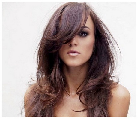 Brilliant Latest Side Swept Long Layered Hair For Girls