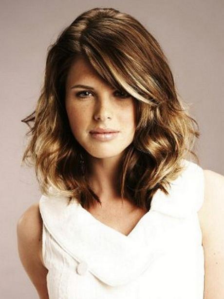 Haircuts For Medium Length Wavy Hair