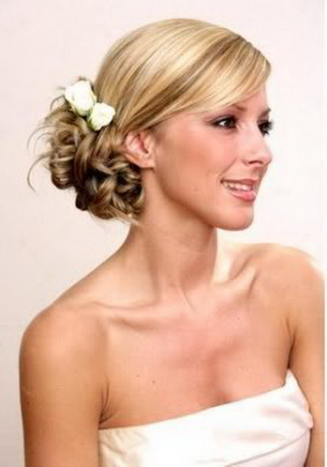 Hairstyle for bridesmaid long hair for Updos for wedding