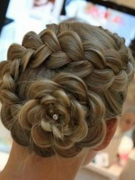 Hairstyles For Dances