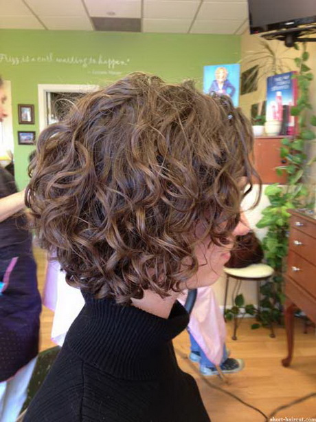 Hairstyles For Short Curly Hair For Teenagers