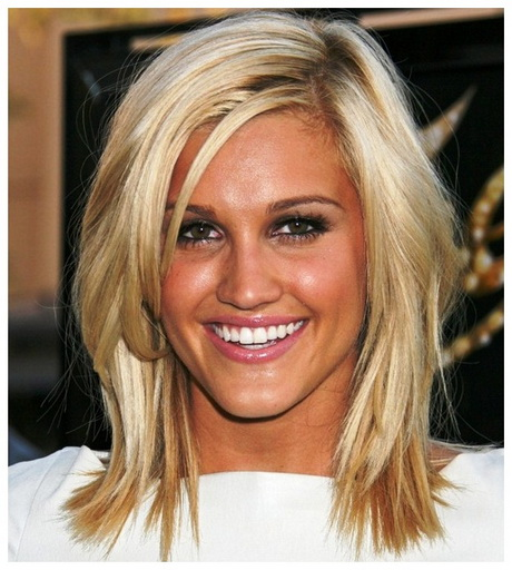 Hairstyles for shoulder length hair 2015