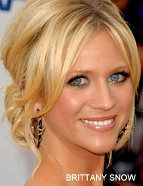 Incoming Calls: brittany snow updo. Share !