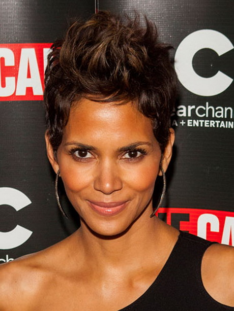 Halle Berry Short Haircuts For 2013