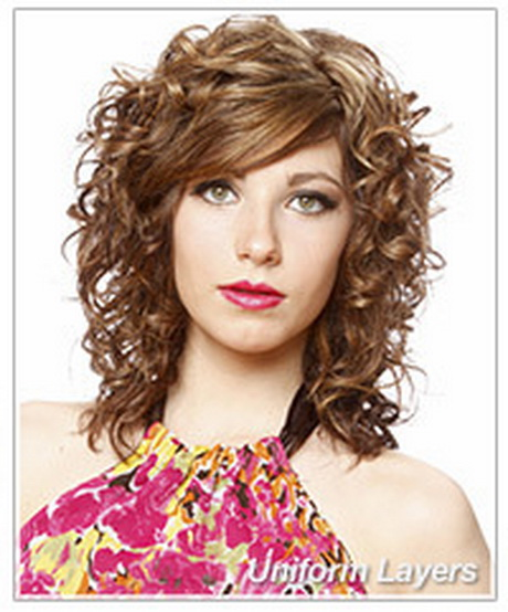 Hairstyles For Long Hair Curly Layers : layered haircuts and tips for curly hair hairstyles thehairstyler