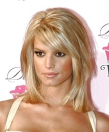 Simple Hairstyles For Shoulder Length Layered Hair : Womens layered haircuts medium length best