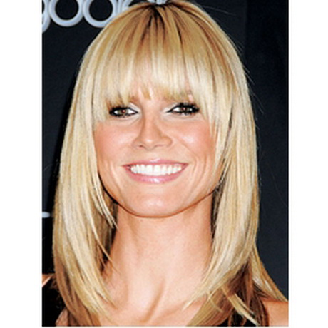 medium length hairstyles with bangs Medium length hairstyles with bangs are a great look for everyday casual walks, or a formal meeting, or even at an evening party.