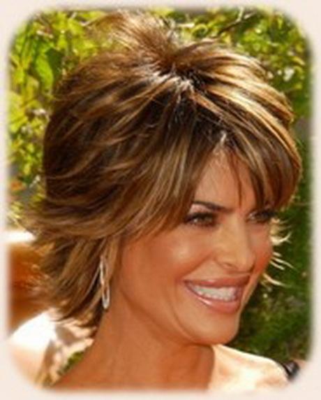 Lisa Rinna Hairstyle Short Straight Casual Medium Brunette