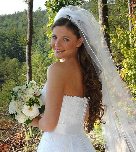Long Wedding Hairstyles With Veil: Long Bridal Hairstyles With Veil