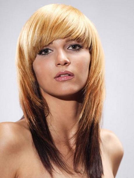 Long choppy layered haircuts with side bangs