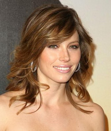 Short Feathered Haircuts Photos | Short Hairstyle 2013