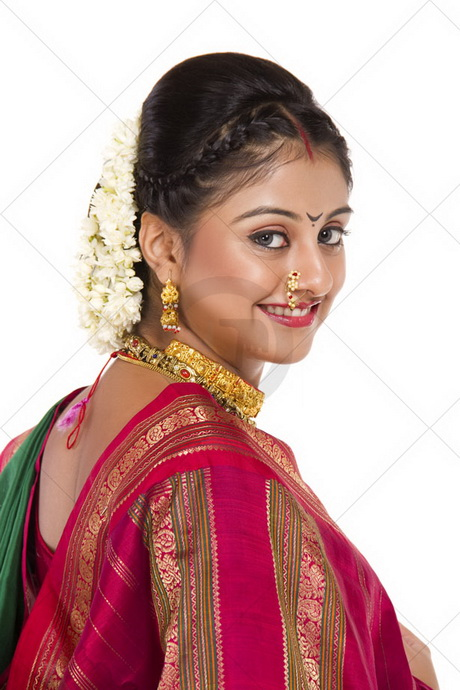 Marathi Bridal Makeup And Hairstyle : Marathi bridal hairstyle