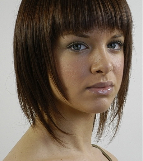 Layered Medium Length Hairstyles Round Faces: Medium Layered Hairstyles For Round Faces
