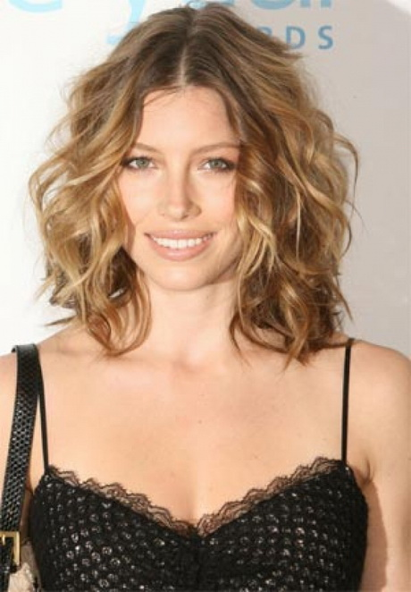 Medium Length Hairstyles Thick Wavy Hair