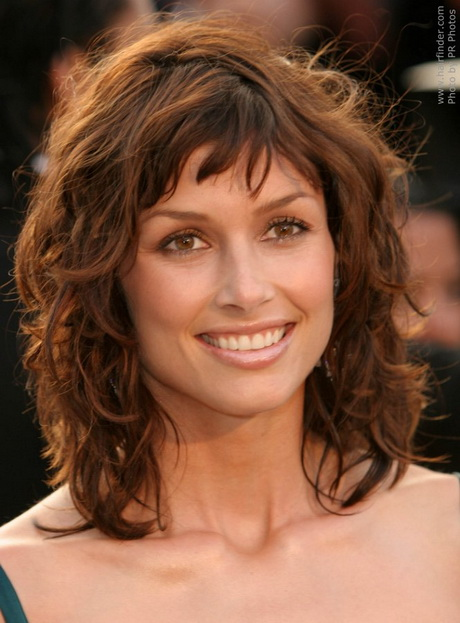 Medium Length Curly Hairstyles For Women Stylish Medium